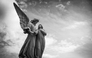 Angel Statue: Connecting with Angels