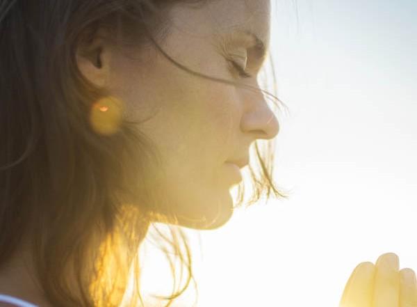 Woman Praying: Forgiveness
